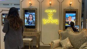 Tanishq unveils First Augmented Reality Experience Zones; Launches Virtual Jewelry Try-Ons At Airports